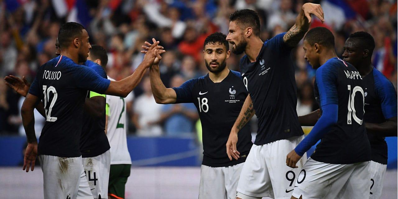 La France gagne grâce à Giroud et Fékir