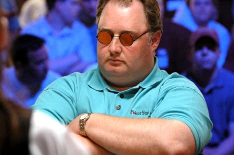 Apres avoir jouer au poker en ligne Greg Raymer en 2005