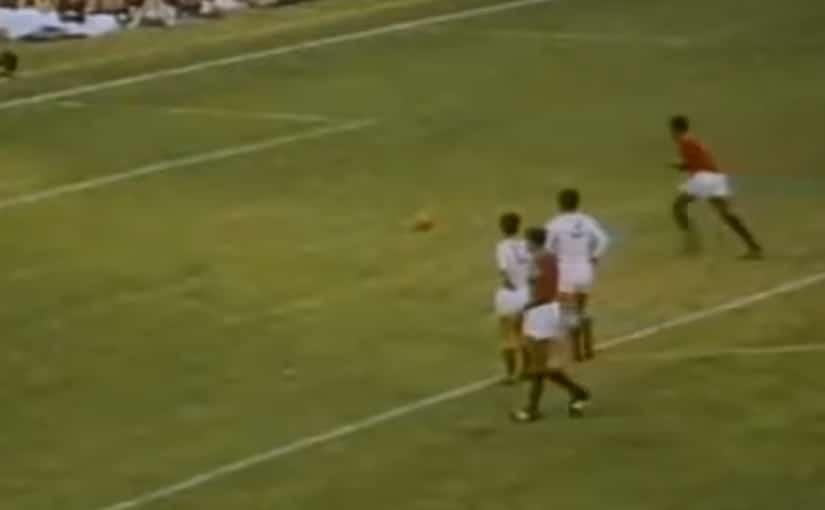 Eusebio-transforme-son-penalty-en-1966-coupe-du-monde